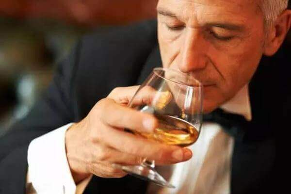 alcoholic-man