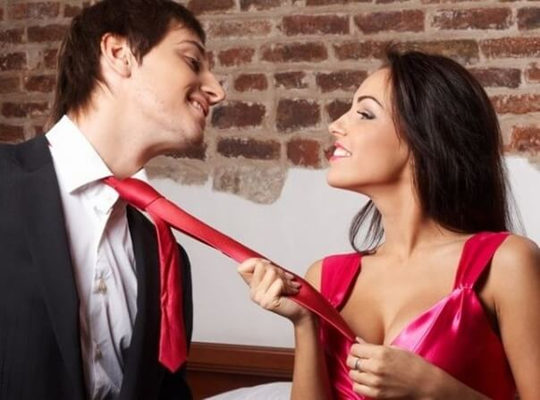 Secrets Of Flirting With Men Flirting the right way
